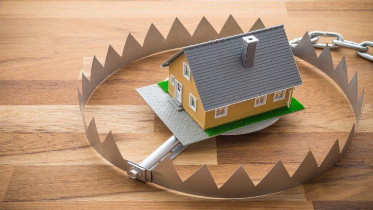 Росреестр назвал четыре способа защитить жилье от мошенников